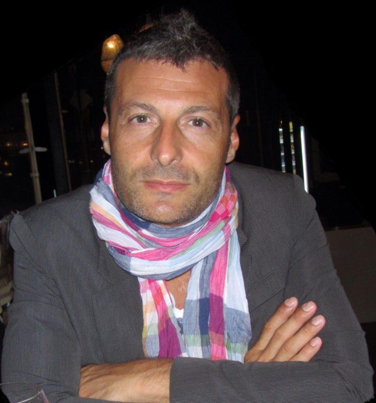 Elvis Mazzoni